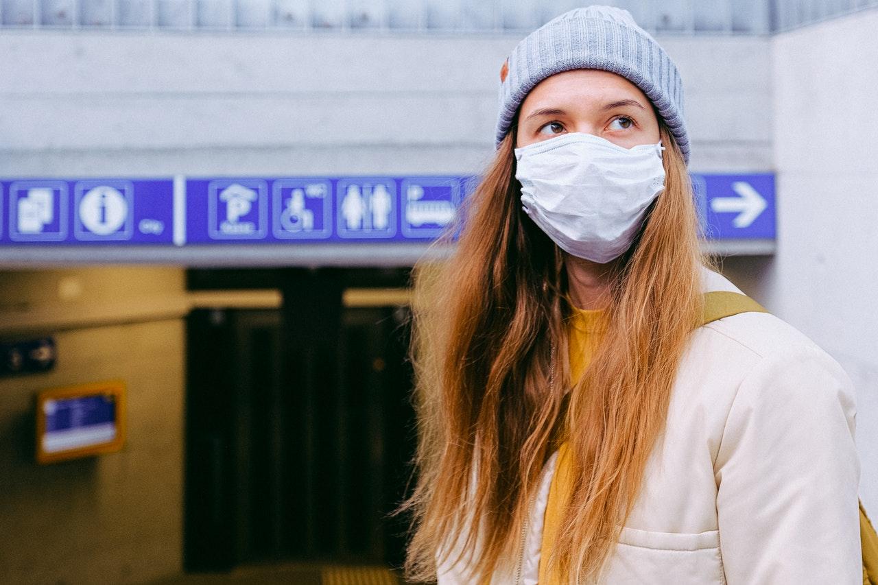 Protecciones: mascarilla, pantalla facial, … ¿hay que limpiar todo, todo, todo?